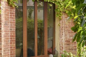 Fenêtre PVC - imitation bois macore