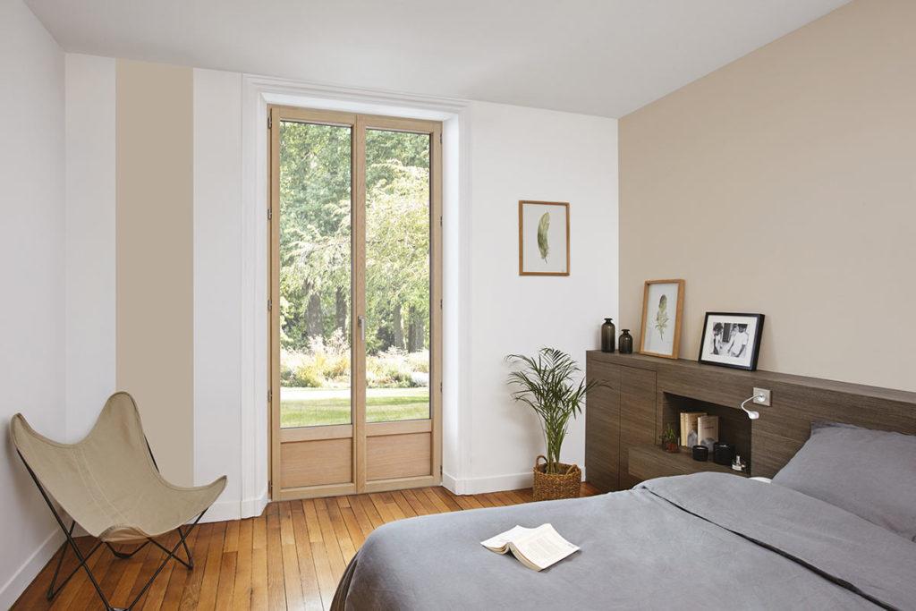 Porte-fenêtre en bois